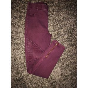 • jeggings with zipper •